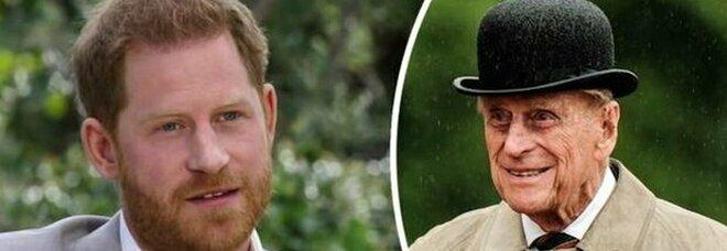 Principe Filippo, il ricordo di Harry: «Maestro di barbecue e battutista leggendario»