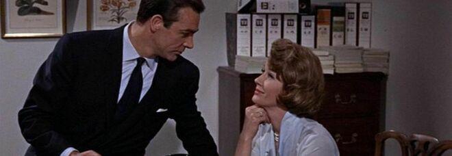 «James Bond con Sean Connery era pensato come uno stupratore»: la rivelazione di un regista di 007