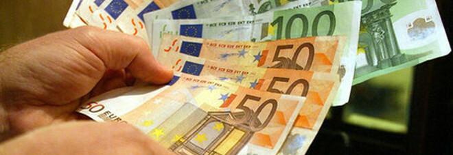 Bonus baby sitter, a chi spetta e come richiederlo: fino a 100 euro a settimana per i figli in Dad