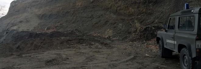 «Pianto vigneti sul monte Somma», e il pensionato finisce nei guai