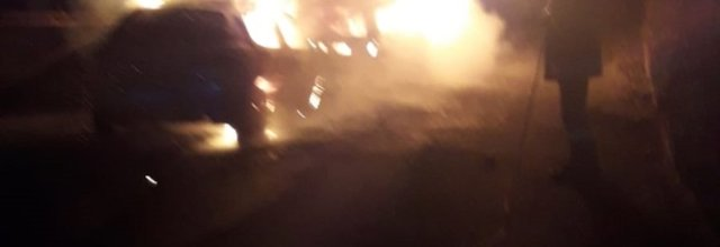 Doppio rogo nella Valle Caudina, torna l'allarme sicurezza