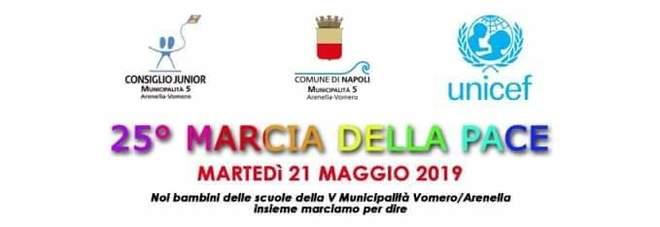 Marcia della Pace al Vomero, solidarietà per la prof di Palermo sospesa