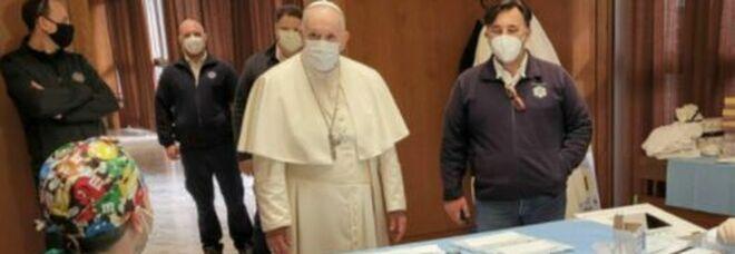 Vaticano, altri 800 senza fissa dimora sono stati vaccinati: per tutti dosi Pfizer