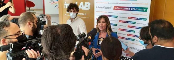 «Comunali a Napoli, Alessandra Clemente deve dimettersi da super assessore»
