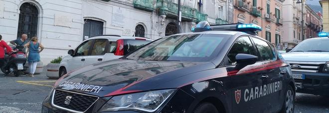 Controlli a Torre Annunziata: sei uomini denunciati e tre veicoli sequestrati