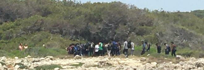 Salento, nuovo sbarco: 83 migranti a Porto Selvaggio