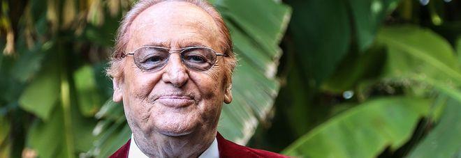 Renzo Arbore, annullato concerto di Capodanno a Perugia: