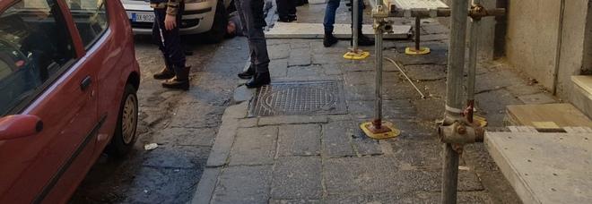 Napoli, tragedia sul lavoro al Vasto Cade dal 3° piano, muore operaio