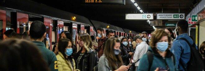 Covid, il balzo dei contagi: mai così tanti in Italia. Ed è allarme Lombardia