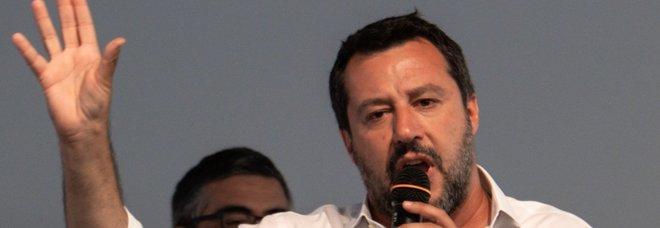 Salvini: un ministero per trattare con la Ue. Ma Conte: prudenza
