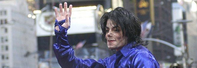 Louis Vuitton ritira i capi ispirati a Michael Jackson: ecco perché