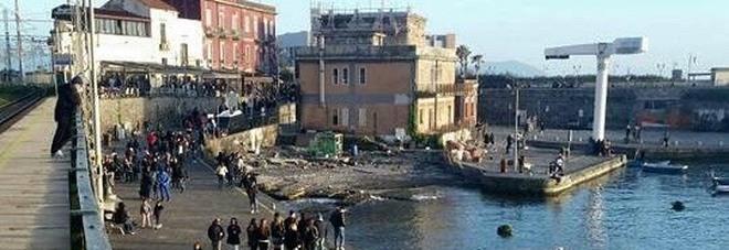 Molo Granatello, l'appello del Movimento 5 Stelle: «Darsena a Pietrarsa opera inutile, si faccia porto turistico»