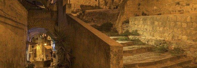 Al Pan «Vertebre di Lava»: le scale di Napoli di Attanasio