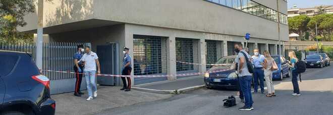Roma, ladro ucciso da un carabiniere durante un furto all'Eur: caccia al complice