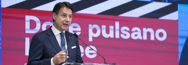 Conte: «Giù tasse a redditi medio-bassi e a imprese»