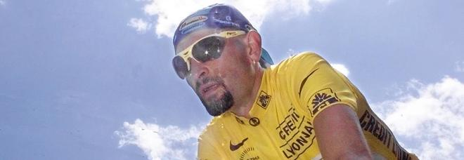 «Pantani non era solo qualdo morì», il mistero del corpo spostato e i dubbi sul doping
