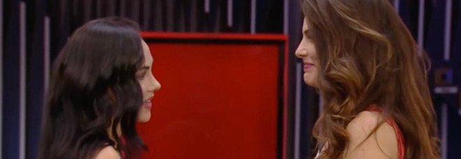 Dayane Mello, confessione choc al Gf Vip: «Sono innamorata di Rosalinda, ho già amato un'altra donna»