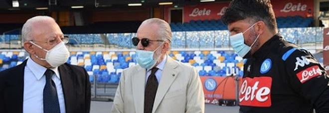 De Laurentiis, endorsement social: «Votate De Luca, è lui il migliore»