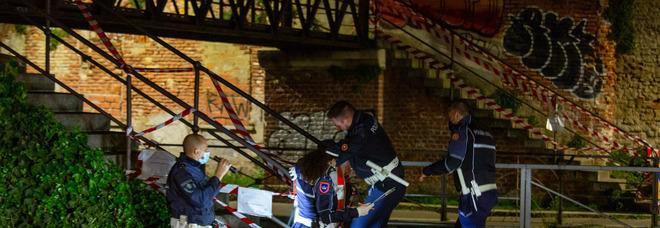 Milano, cede la balaustra del ponte sulla Martesana: morto Andrea Elifani, aveva 40 anni