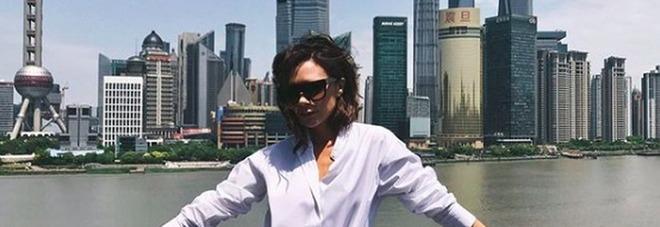 Victoria Beckham svela i suoi segreti di stile: «I jeans? Non li lavo mai»