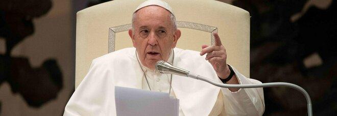 Papa Francesco «epura» vescovo argentino: coprì gli abusi di un prete pedofilo