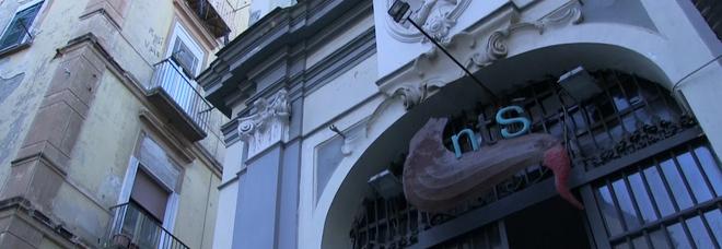 Napoli, il grido di protesta del Nts: «Per i teatri sotto i cento posti nessun ristoro: riapertura impossibile»