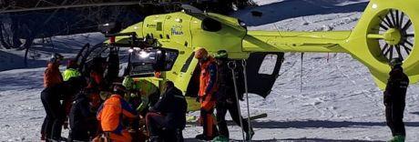 Scontro sulle piste da sci, grave bimbo di nove anni