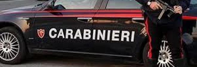 Evade dai domiciliari nel Napoletano, bloccato sotto casa dai carabinieri