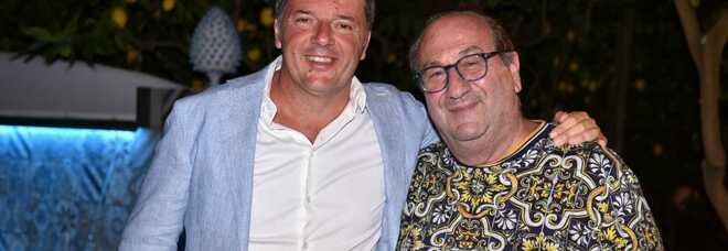 Matteo Renzi con Lino, patron del ristorante da Paolino