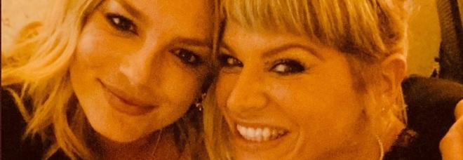 La dedica di Alessandra Amoroso per il debutto di Emma a X Factor:«Porta i tuoi colori e falli splendere»