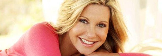 Olivia Newton-John: «Ho il terzo tumore, ma non ho paura»