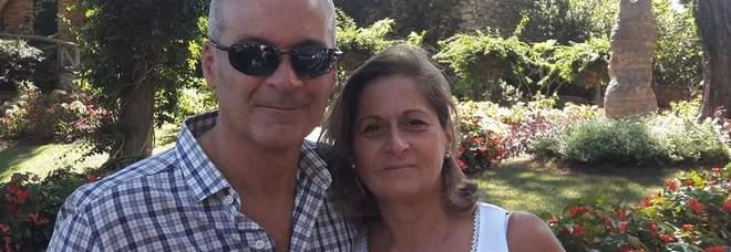 Napoli, la vedova dell'imprenditore suicida: «Temeva per la famiglia e gli operai»
