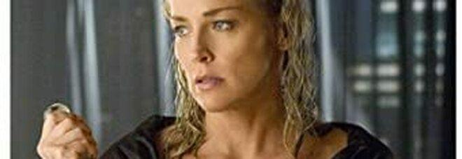 Sharon Stone e l'accoltellamento in Basic Instinct: «Lo colpii così forte che credevo di averlo ucciso»