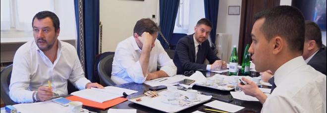 NASCE LA TERZA REPUBBLICA? / Di Maio: «Conte sara' premier politico. L'Europa ci critica? Fateci iniziare». Salvini: «Rispetteremo vincoli»
