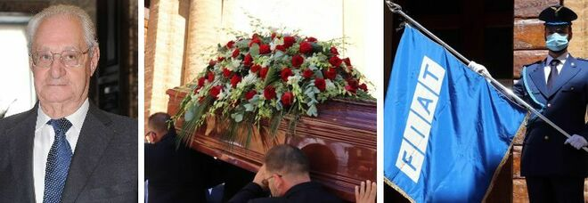 Romiti, iniziati i funerali in forma privata a Cetona: il feretro è arrivato in chiesa