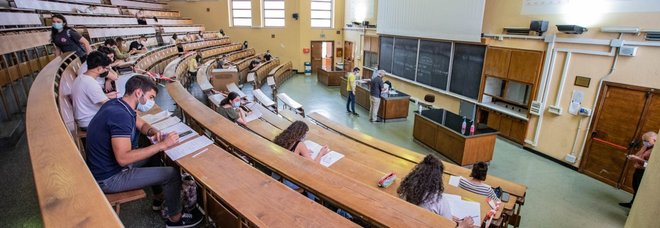 I primi esami dopo il Covid alla Sapienza nel dipartimento di Chimica