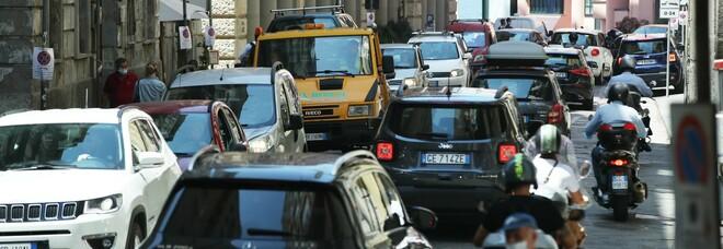 G20 a Napoli, è subito paralisi traffico: bloccate anche le ambulanze