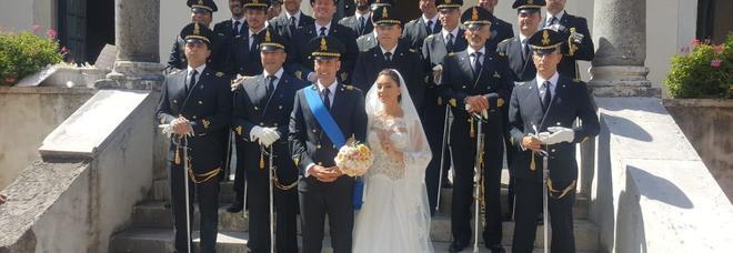 Il maggiore Luca Gelormino con la moglie Giusy De Sarno