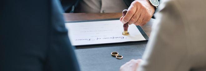 Divorzio, c'è l'accordo al Senato: addio all'assegno di mantenimento