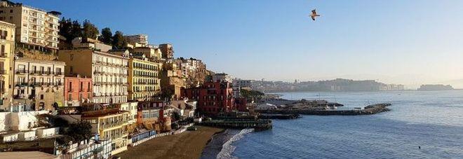Napoli, aumenta tassa di soggiorno: scoppia la protesta degli ...