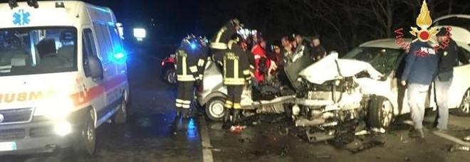 Frontale choc tra auto e suv: morti due ragazzini. Giuseppe e Alessio avevano 18 e 19 anni