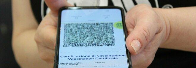 Green pass, da colf e domestici a idraulici ed elettrcisti: quando bisogna controllare il certificato?