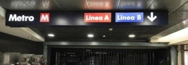 Calendario Carabinieri Dove Si Compra.Metro A Lavori Per Tutto Agosto Calendario Delle Chiusure