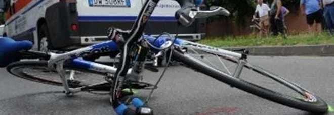 Camion lo investe mentre è in sella alla sua bici, 15enne muore in Friuli
