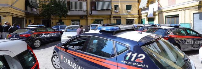 Orrore nel cuore di Napoli: donna morta legata e imbavagliata