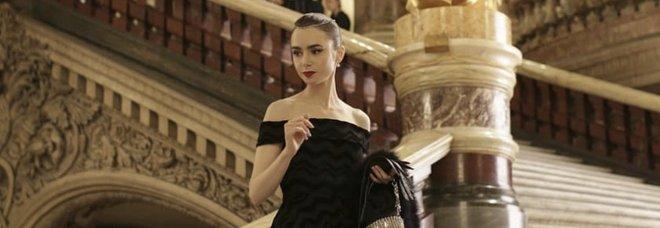 Emily in Paris, la nuova serie Netflix tra look da urlo e cliché: gli outfit più belli di Lily Collins