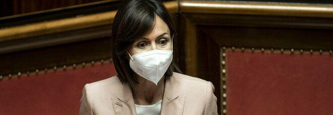 Bagnoli, Carfagna avverte: «Basta liti tra istituzioni e nell'area niente carcere»