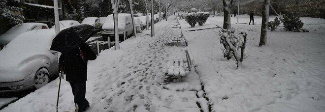 """Meteo, previsioni weekend: temperature giù di 15°, effetto """"Wind Chill"""". Roma e Napoli vicine allo zero"""