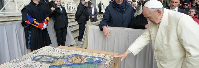 Vaticano dona un palazzo con vista su San Pietro per ospitare i senzatetto