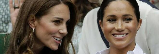 Meghan Markle ed Harry, la famiglia di Kate Middleton attacca: «Pagliacci, chiudete il becco»